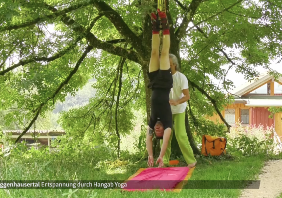 Hangab Yoga im Selbstversuch   schwäbische.de